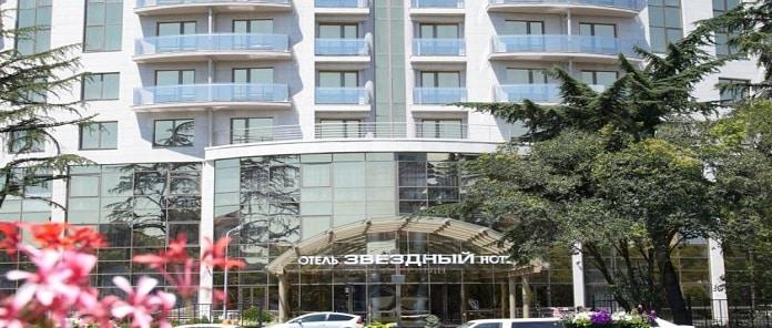 Zvyozdny Hotel Review