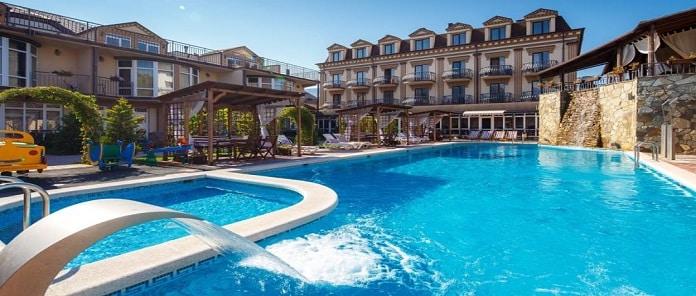 Marinus Hotel Review