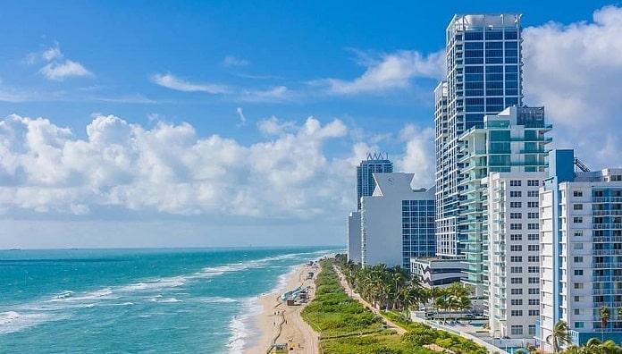 Explore the happening city of Miami